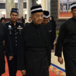 PM Pays Last Respects to Almarhum Sultan Ahmad Shah