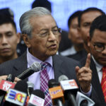 Up to Police to Decide Whether to Ban Dong Zong – Dr Mahathir