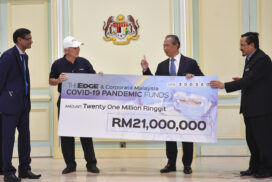 PM Muhyiddin receives donations for COVID-19 Fund