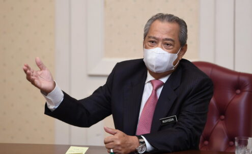 PM thanks Malaysian frontliners over world recognition in fight against COVID-19