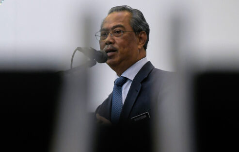 Government prepared to implement additional economic stimulus package if necessary - PM