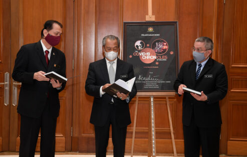 PM launches book 'The COVID-19 Chronicles of Malaysia' (Second Edition)